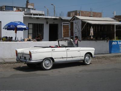 Sunbeam convertible. Huanchaco, Peru.