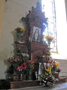 Side alter. Otavalo, Ecuador.