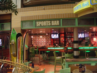Gravity Sports Bar on the Royal Promenade