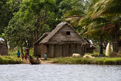 villagers along pangalane's canal