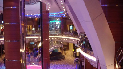 Royal Promenade on Oasis and the Rising Tide Bar fountains. Bar was currently several decks above.