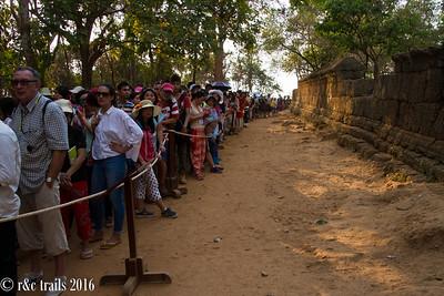 the line at Phnom Bakeng after 4pm