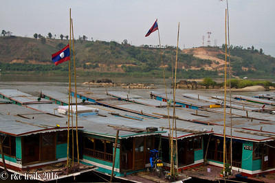 long boats lined up, ready for passengers