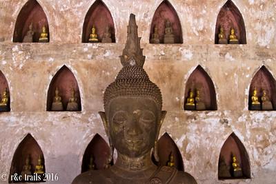 buddhas at wat sisaket