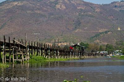 the bridge of mine thauk village