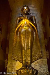 large buddha statues at that-byin-nyu