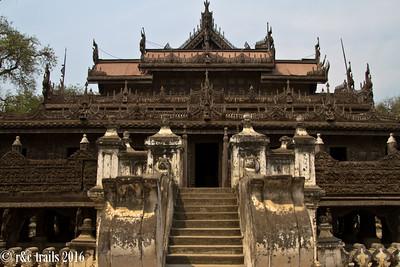 shwe kyaung pagoda has displays of intricate woodcarvings.