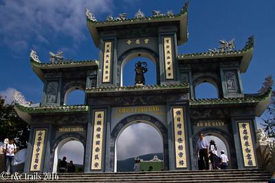 lady buddha gate