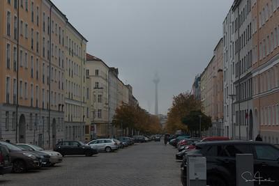 Ferhsehturn von der Strelitzer Straße