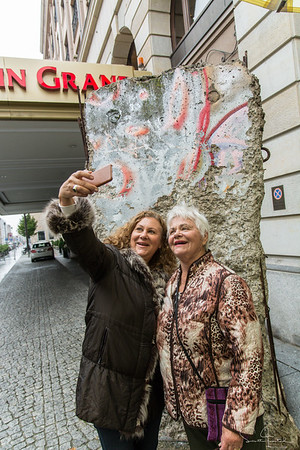 Monica & Roberta with Berlin Wall remnant