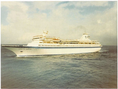 Song of Norway arriving in Cozumel - May 1986