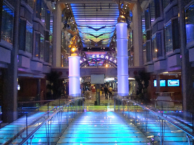 Royal Promenade Aft
