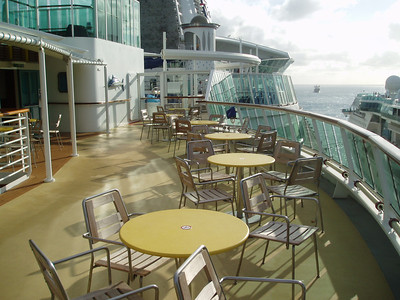 Seaview Cafe outdoor seating