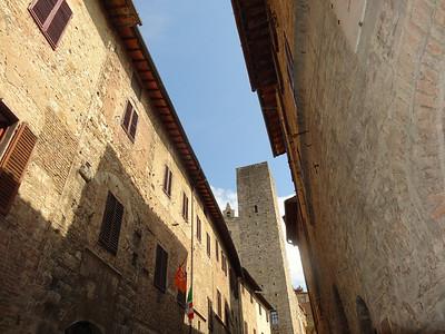 Medieval village San Gimignano.