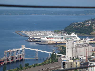Rhapsody of the Seas and HAL Zandam in Seattle