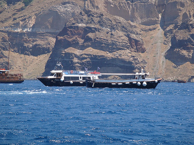 Tenders used by the island of Santorini for all ships.