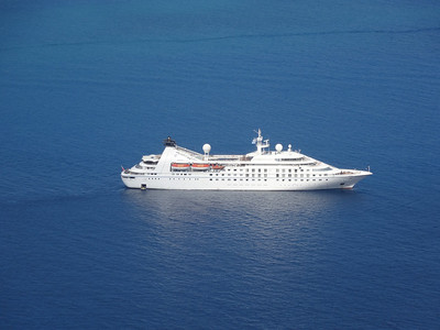 Windstar Star Pride anchored in Santorini