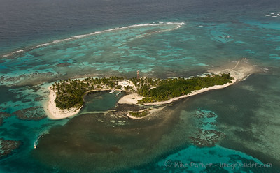 Remote caye on the reef - Belize