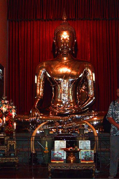 The gold buddha.