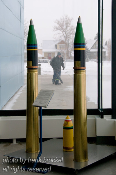 Munitions for very large guns