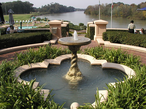 Free State Vaal River Riviera Hotel and board walk