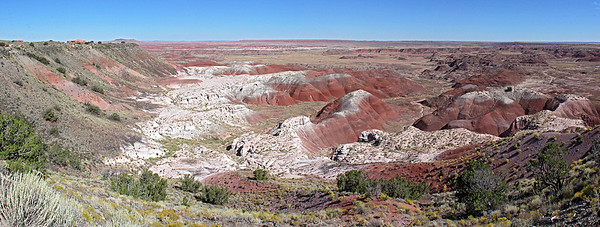 Tawa Point Panorama.  On top of the mesa at left you see the Painted Desert Inn which we visit later.