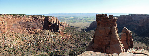 View from the Otto Trail out past the Pipe Organ formation.