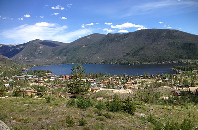 We took a day trip to Grand Lake north of Tabernash, and from there went for a hike around nearby Monarch Lake.