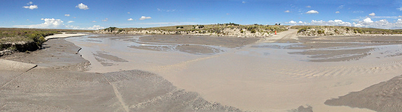Recent rains in New Mexico that Fall provided us the pleasure of seeing some water in washes that are usually quite dry.