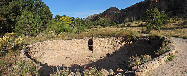 "First stop was the ""Big Kiva"" near the Tyuonyi Pueblo."