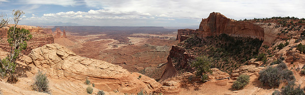 The view to the southeast from the Mesa Arch area.