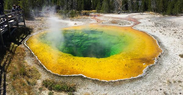 Yellowstone - Old Faithful Geyser Basin