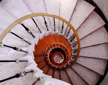Vizcaya, Spiral Stairs