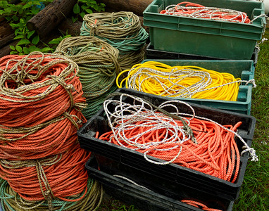 Colorful Ropes in Triplets