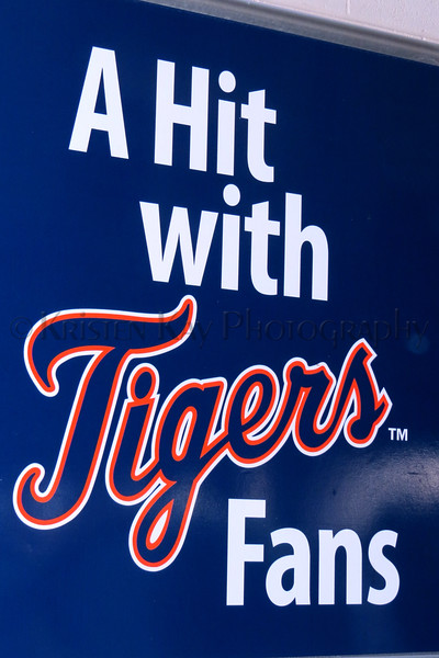 Tigers Hit Sign