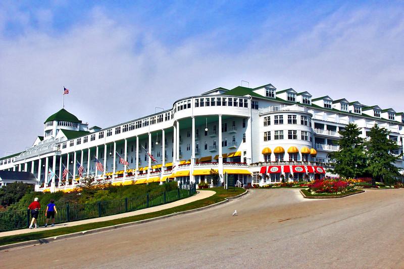 Grand Hotel 9-12_002_F
