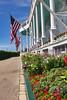 Grand Facade & Flags_010_F