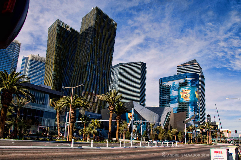 The view from Las Vegas Boulevard of the new CityCenter complex. The Veer Twin Towers and Crystals Retail and Entertainment structure are at the center.