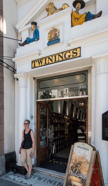 Marylee at Twinings store, London, 06-26-2018