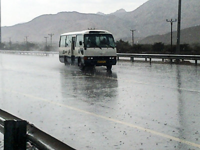 Rain on the route from Samail to Izkie
