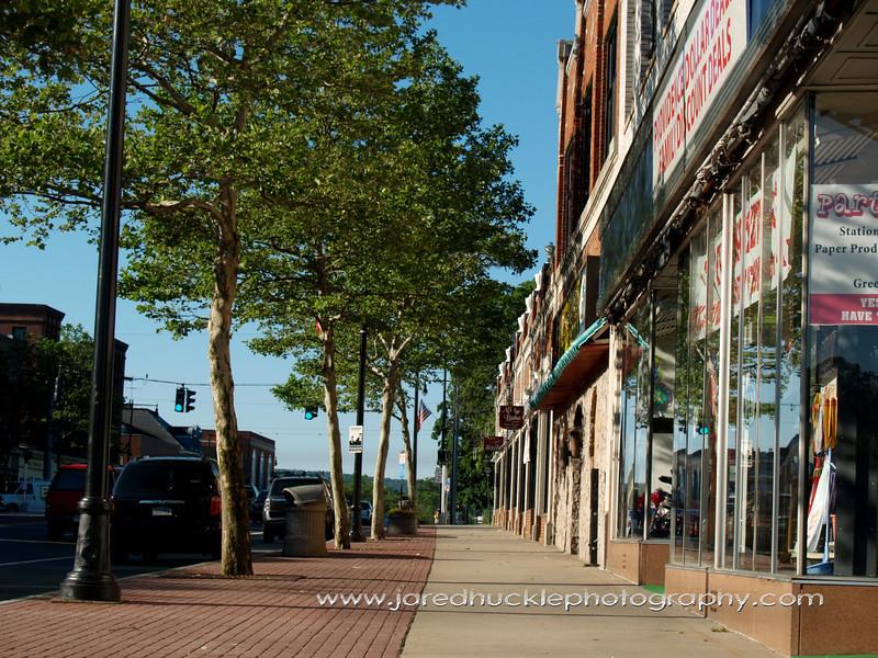 Main St, Manchester, CT