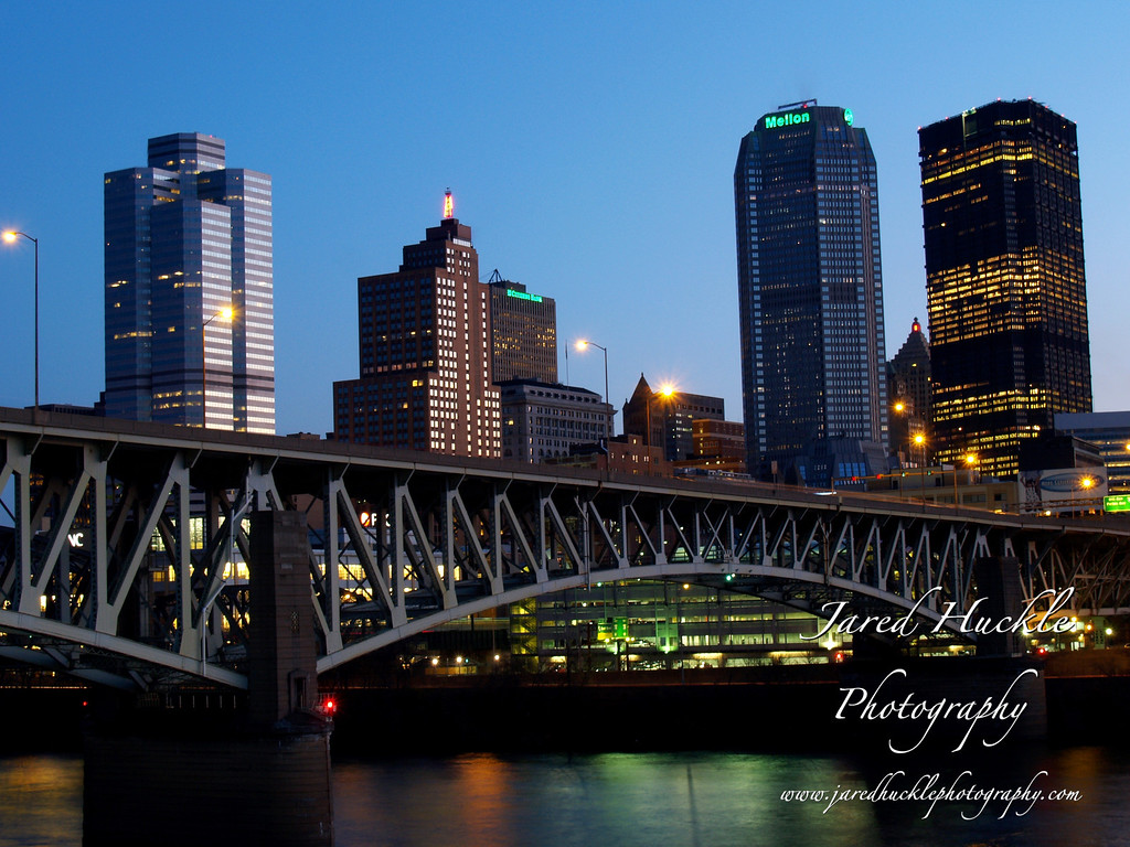 Liberty bridge and downtown at sunrise