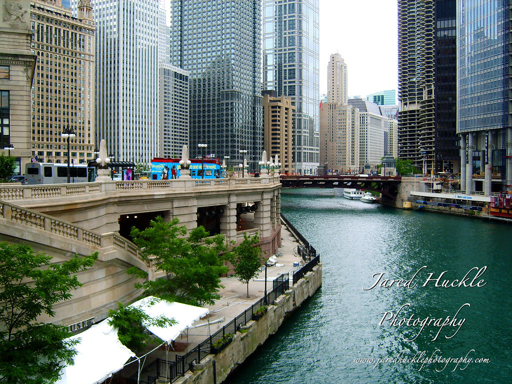 East Wacker Drive and Chicago River, Chicago, Illinois