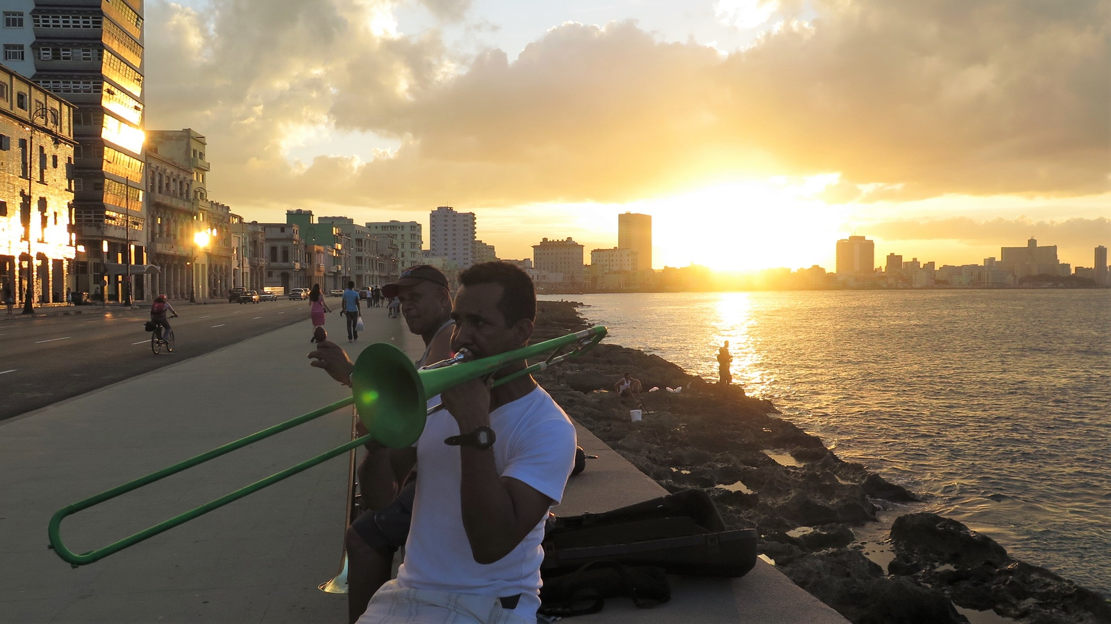 Trumpet on the Malecon
