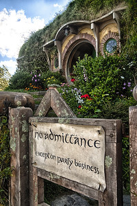 One of the most famous front doors and gate signs in the world.  Mr Baggins wasn't at home by the way!