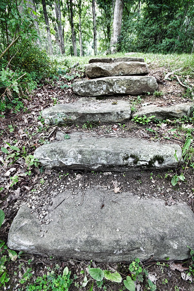 Steps down to the Casselman Bridge