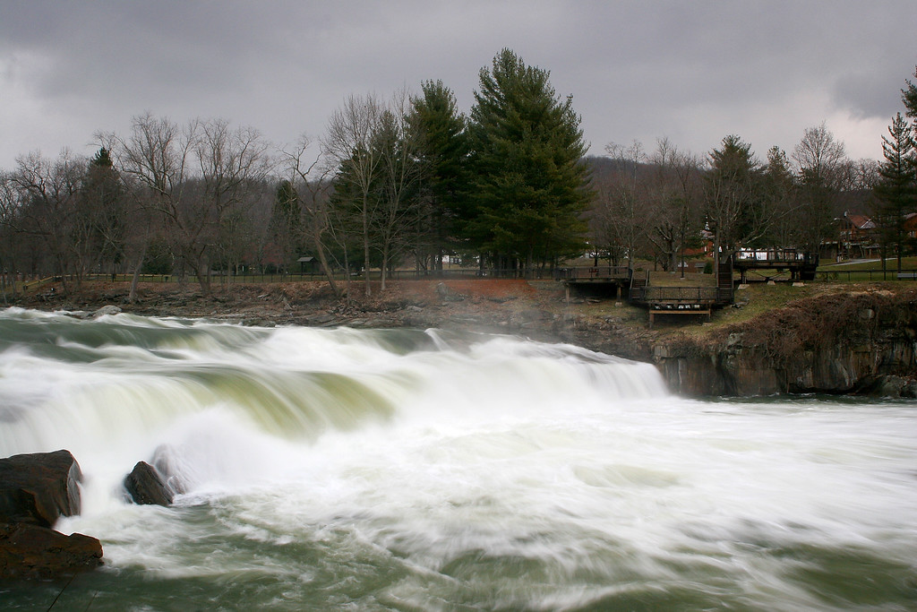 Ohiopyle Falls from the opposite side in February