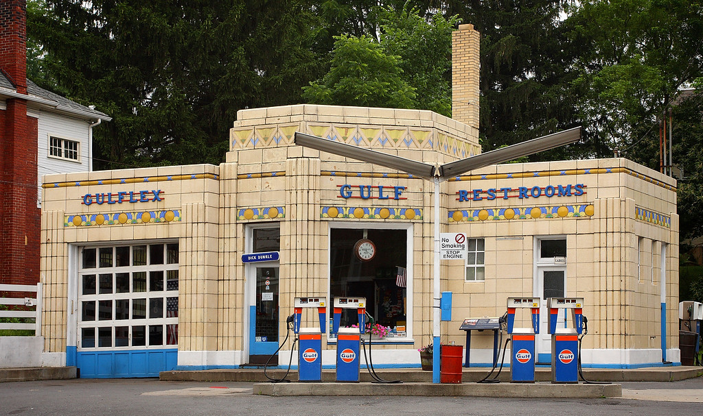 Dunkle's Gulf in Bedford, Pennsylvania is an Art Deco station built in 1933.  It is adorned with polychrome tile that typified Gulf stations at the time. The patterns and angularity used are typical of what's referred to as the Zig Zag Moderne style. This station is still run by the original owner's son. This was Gulf's showcase station between Pittsburgh and Philadelphia along the Lincoln Highway.