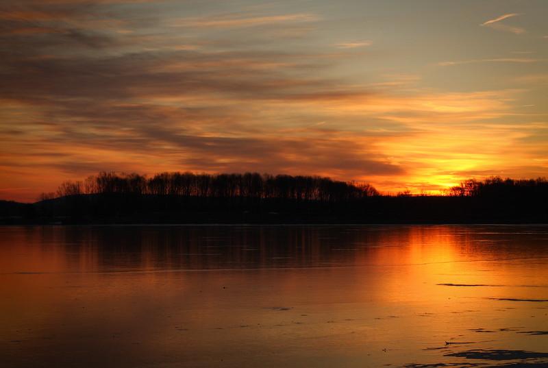 Sunrise at Lake Chillisquaque at the Montour Environmental Preserve outside of Bloomsburg / Danville Pennsylvania