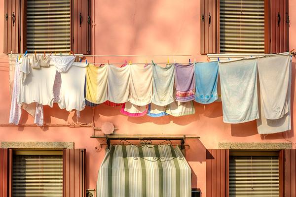 Burano Washing